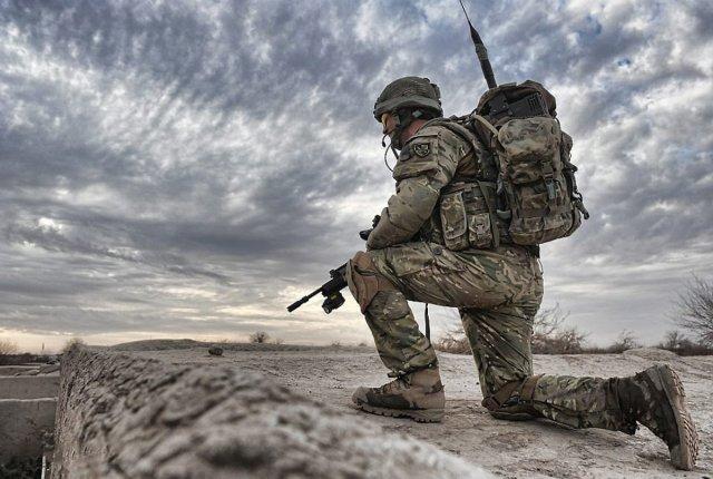 46895107-military-pics_1200x